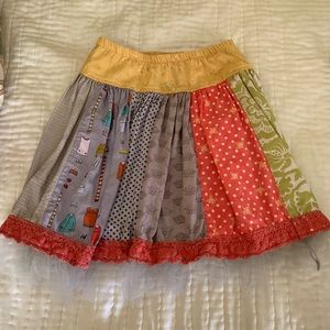 Persnickety girl's twirl skirt